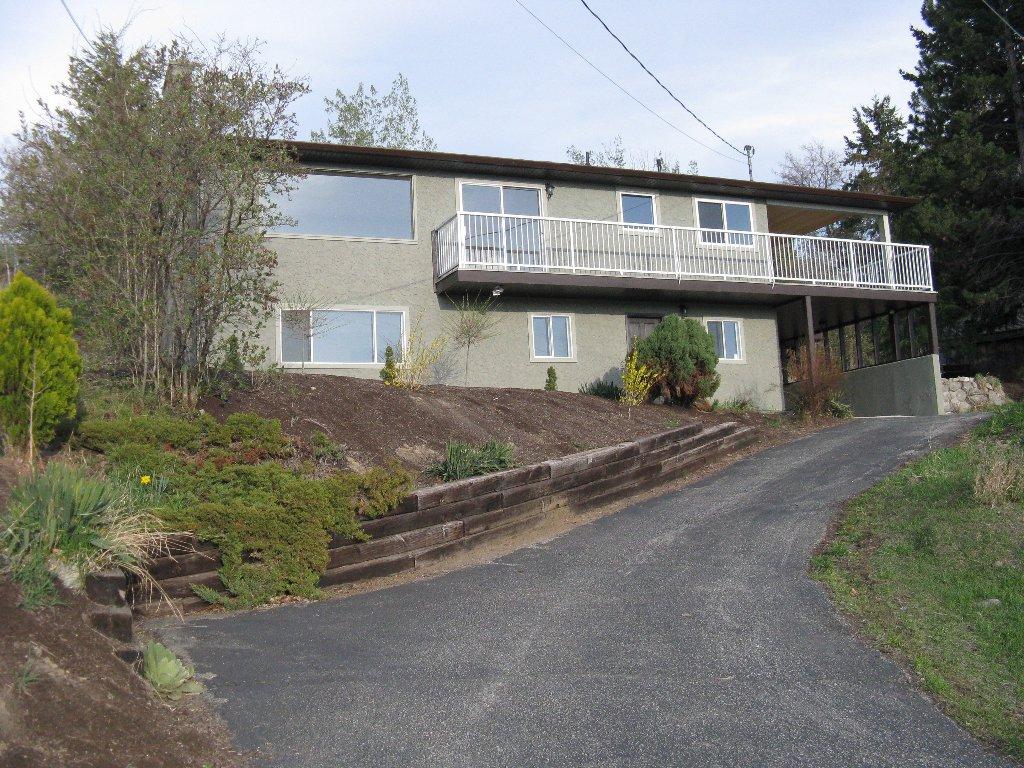 Main Photo: 3812 ALBRECHT RD in NARAMATA: NA Naramata Village Residential Detached for sale (Naramata)  : MLS®# 108136