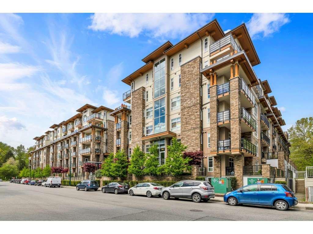 Main Photo: 103 2465 WILSON Avenue in PORT COQUITLAM: Condo for sale : MLS®# R2453830