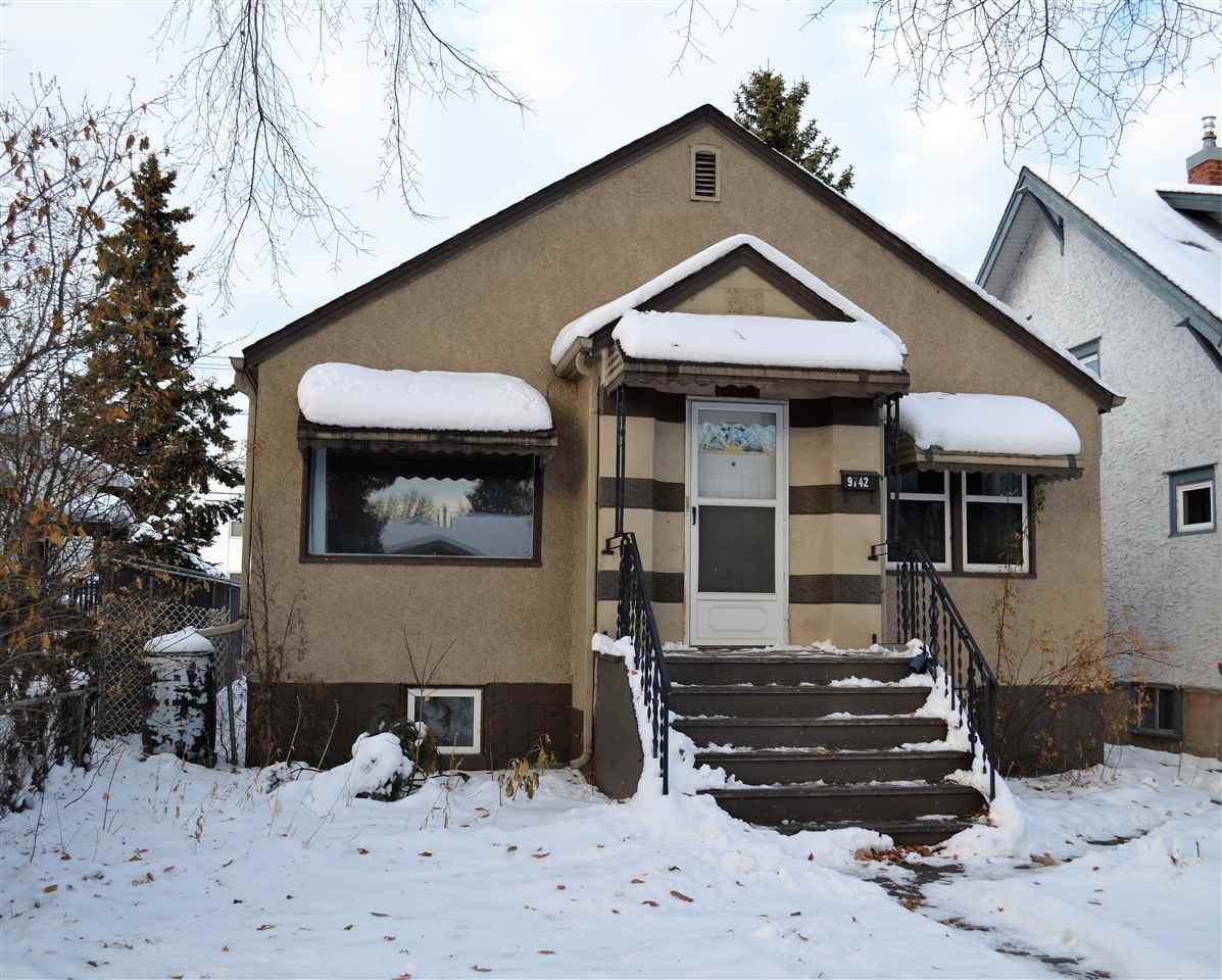 Main Photo: 9742 81 Avenue in Edmonton: Zone 17 House for sale : MLS®# E4222211