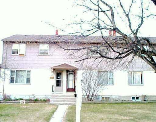 Main Photo: 24 BISCAYNE Bay in Winnipeg: Fort Garry / Whyte Ridge / St Norbert Townhouse for sale (South Winnipeg)  : MLS®# 2605253