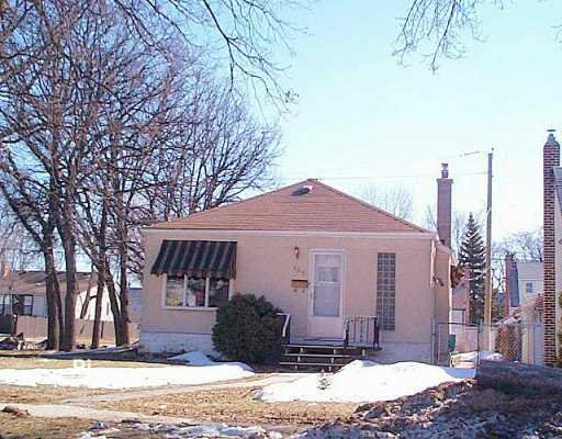 Main Photo: 108 HILL Street in Winnipeg: St Boniface Single Family Detached for sale (South East Winnipeg)  : MLS®# 2604386