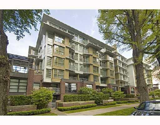 Main Photo: 501 2137 W 10Th Avenue in Vancouver: Condo for sale : MLS®# V711758