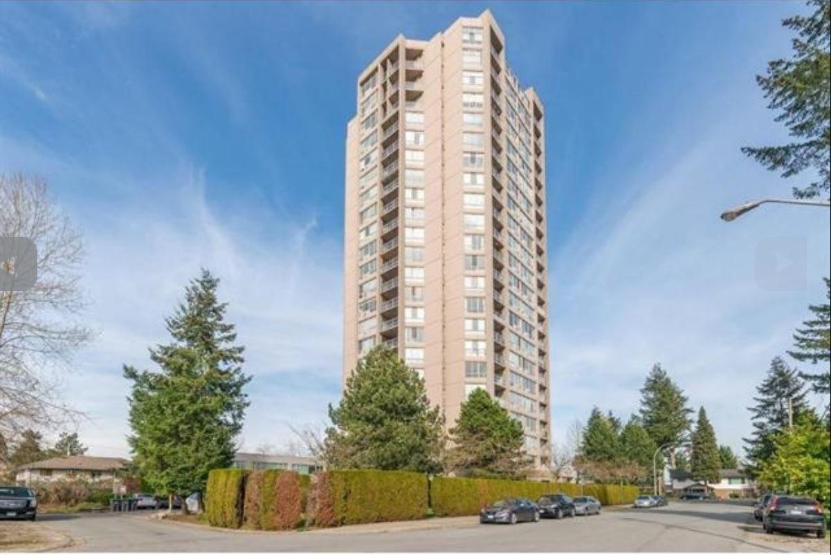 Main Photo: 701 14881 103A Avenue in Surrey: Guildford Condo for sale (North Surrey)  : MLS®# R2459670