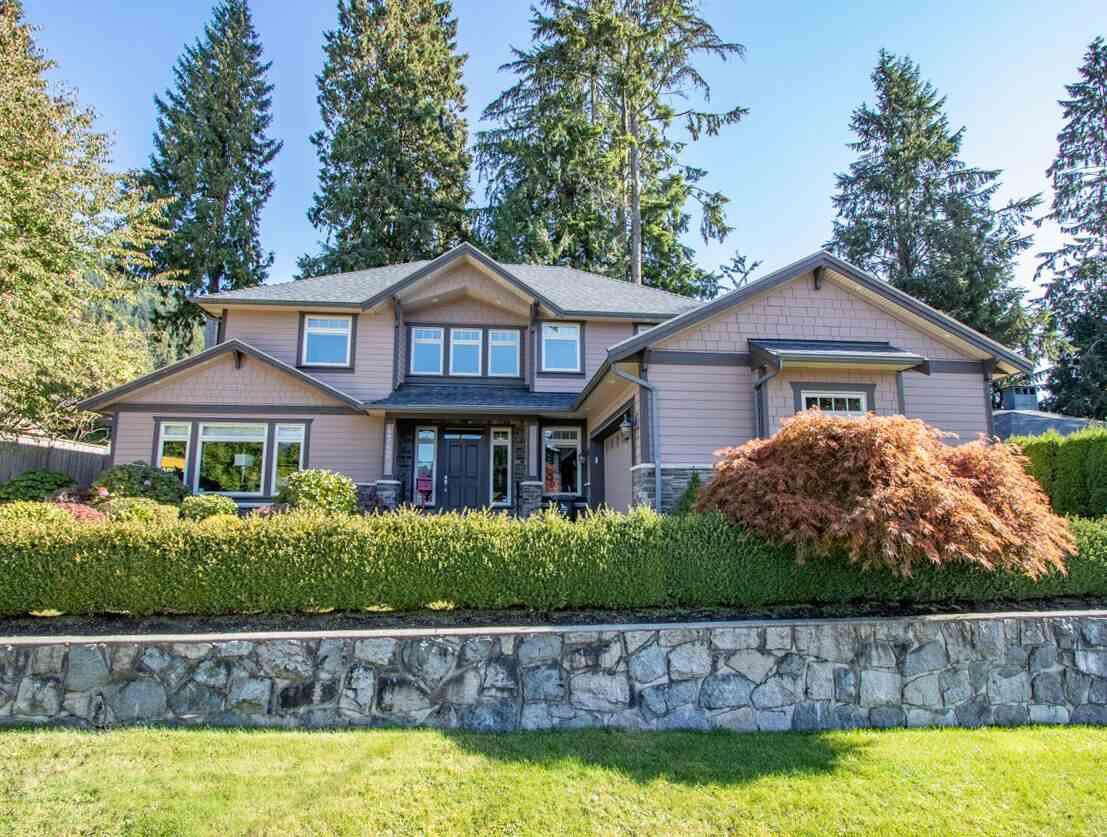 Main Photo: 4742 MARINEVIEW Crescent in North Vancouver: Canyon Heights NV House for sale : MLS®# R2412639