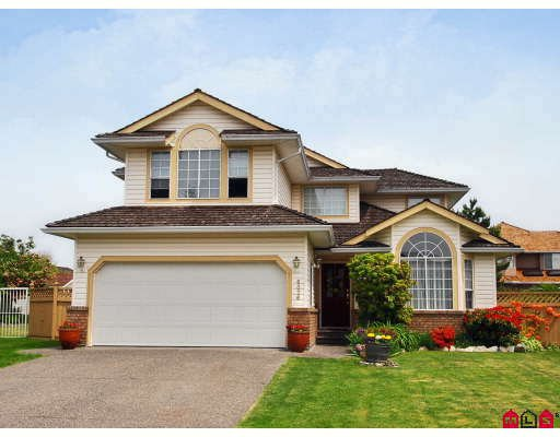 Main Photo: 6376 184A ST in Surrey: House for sale : MLS®# F2911371