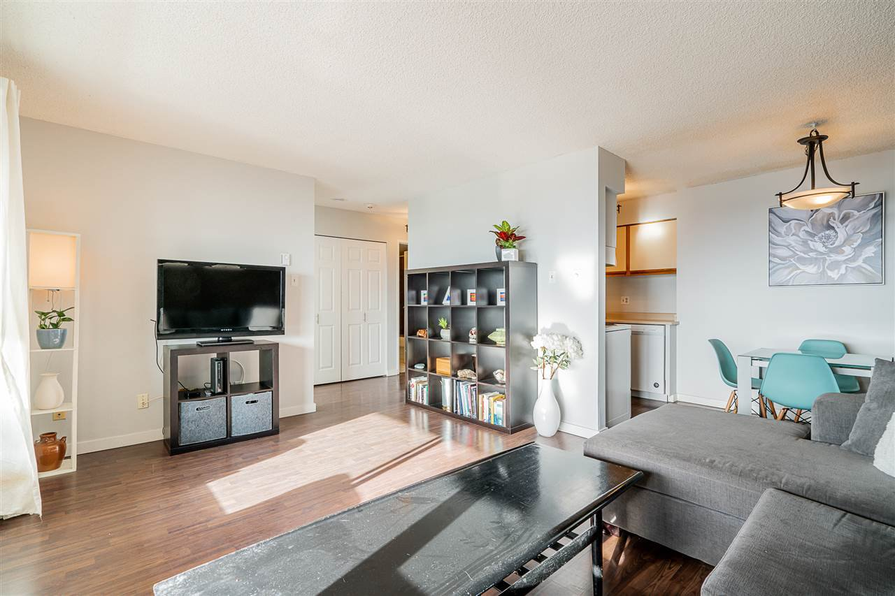 "Photo 10: Photos: 603 1026 QUEENS Avenue in New Westminster: Uptown NW Condo for sale in ""Amara Terrace"" : MLS®# R2435801"