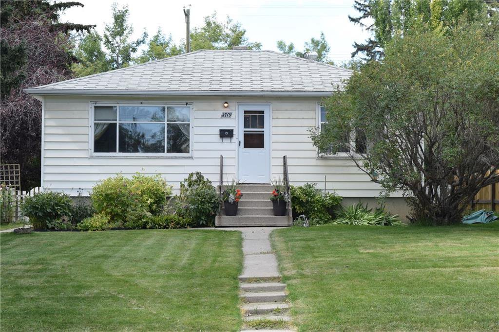 Main Photo: 3719 14 Street SW in Calgary: Altadore Detached for sale : MLS®# C4295190