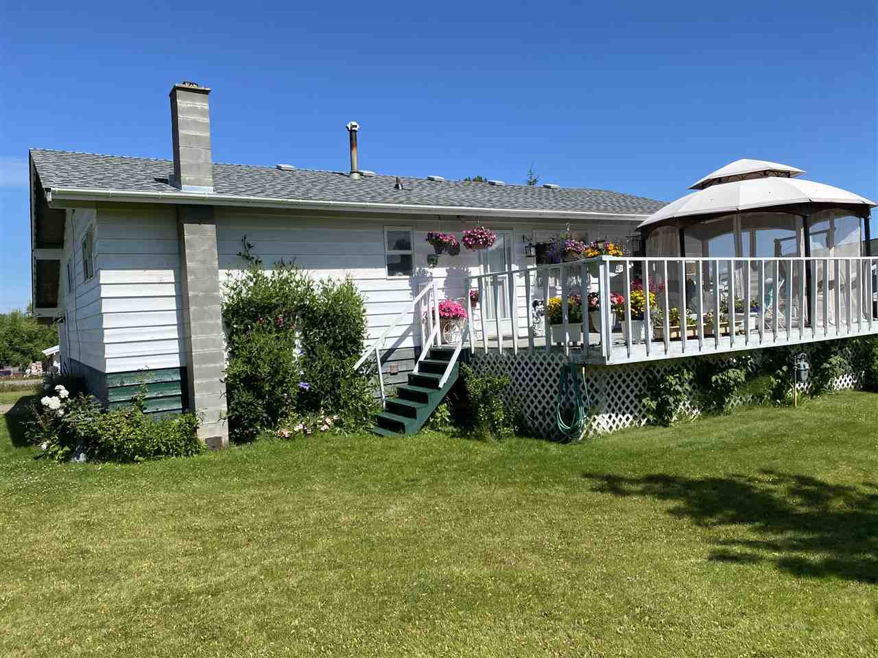 Main Photo: 15 STERRETT Avenue in Burns Lake: Granisle House for sale (Burns Lake (Zone 55))  : MLS®# R2481581