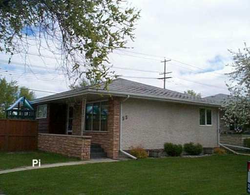 Main Photo: 55 GILIA Drive in Winnipeg: West Kildonan / Garden City Single Family Detached for sale (North West Winnipeg)  : MLS®# 2607085
