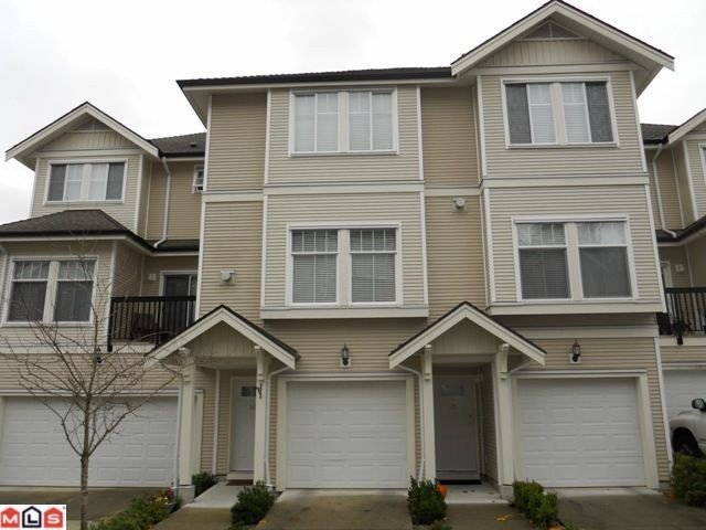 "Main Photo: #35 21535 88th Ave in Langley: Walnut Grove Townhouse for sale in ""Redwood Lane"" : MLS®# F1027917"