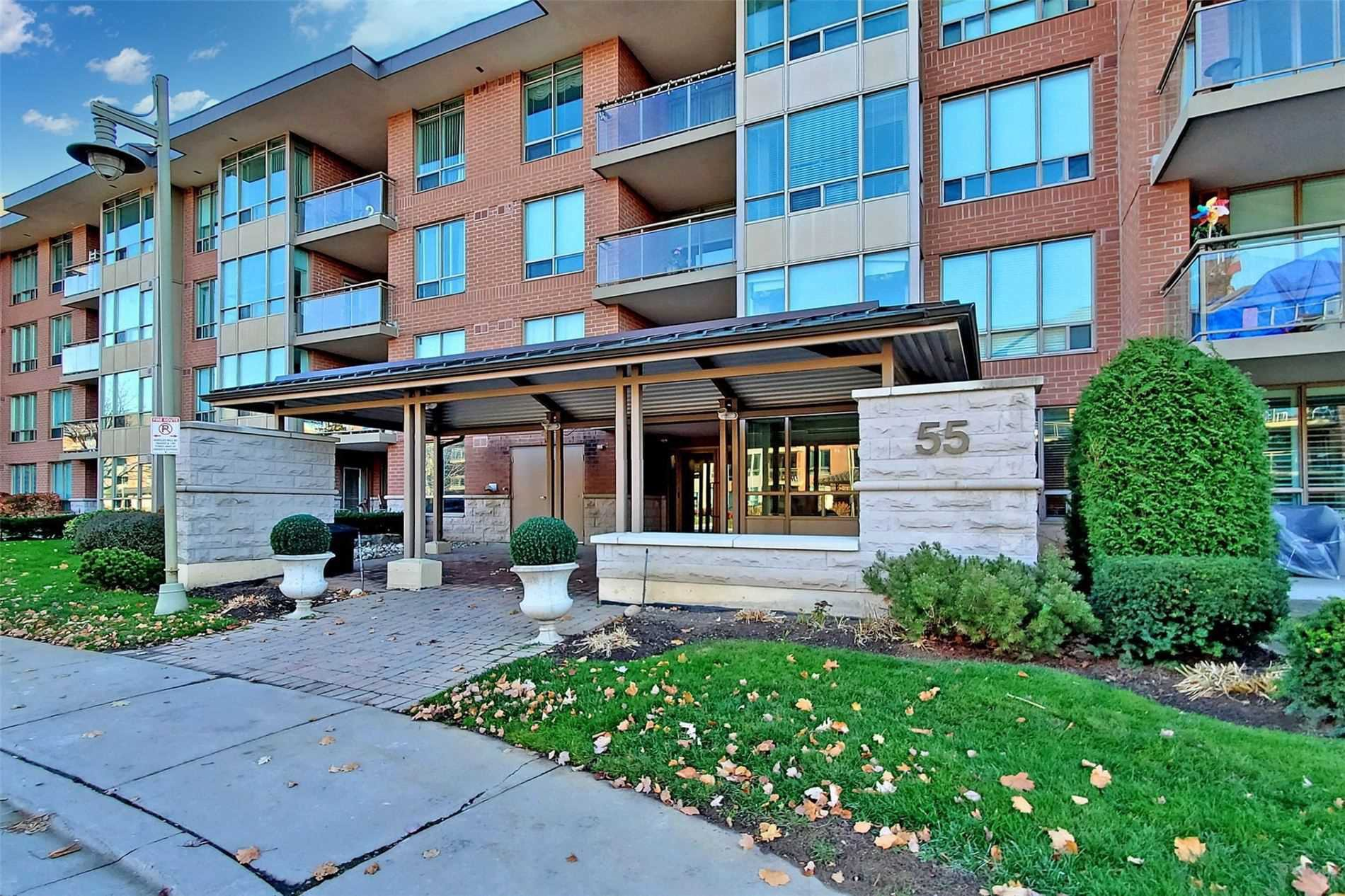 Main Photo: 310 55 The Boardwalk Way in Markham: Greensborough Condo for sale : MLS®# N4979783