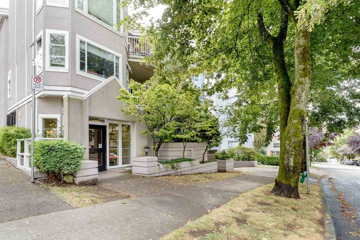 """Main Photo: 103 1280 NICOLA Street in Vancouver: West End VW Condo for sale in """"LINDEN HOUSE"""" (Vancouver West)  : MLS®# R2515238"""