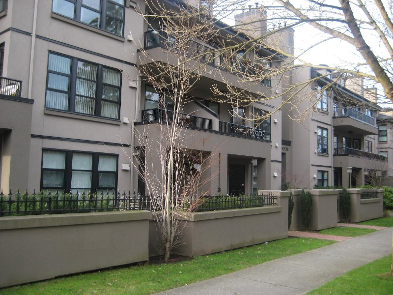 Main Photo: 308 3760 W 6th in Vancouver: Point Grey Condo for sale (Vancouver West)  : MLS®# V797215