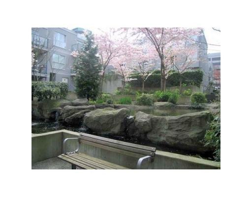 Main Photo: # 21 1388 W 6TH AV in Vancouver: Condo for sale : MLS®# V818159