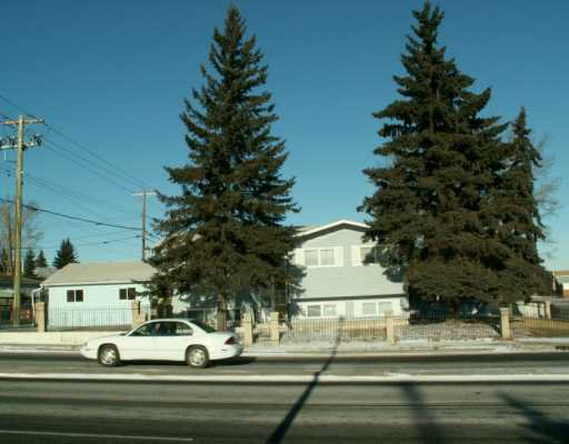 Main Photo:  in CALGARY: Huntington Hills Residential Detached Single Family for sale (Calgary)  : MLS®# C3243881