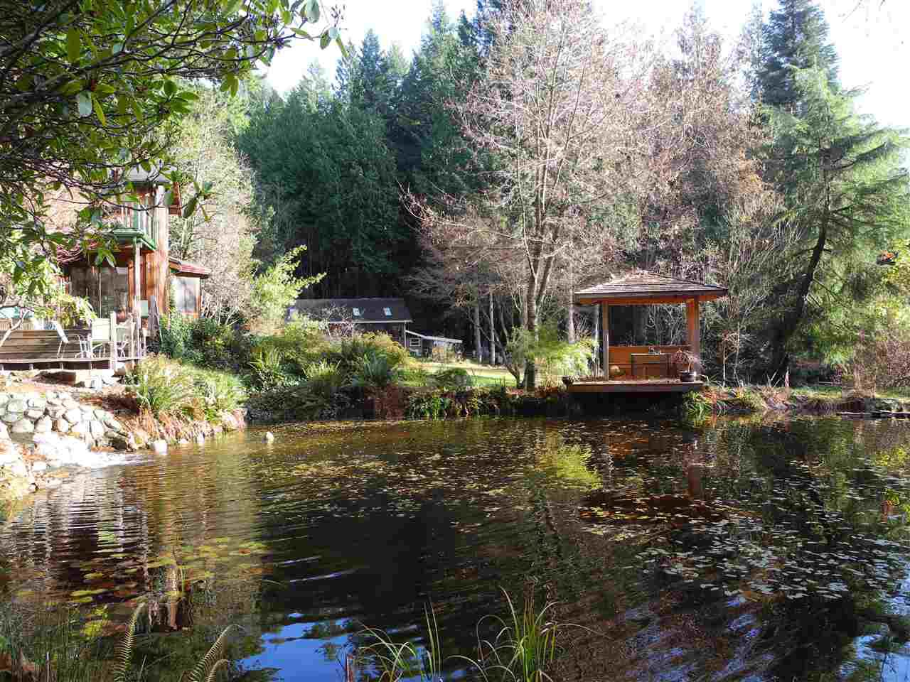 Main Photo: 2359 GRANT Road: Roberts Creek House for sale (Sunshine Coast)  : MLS®# R2422702
