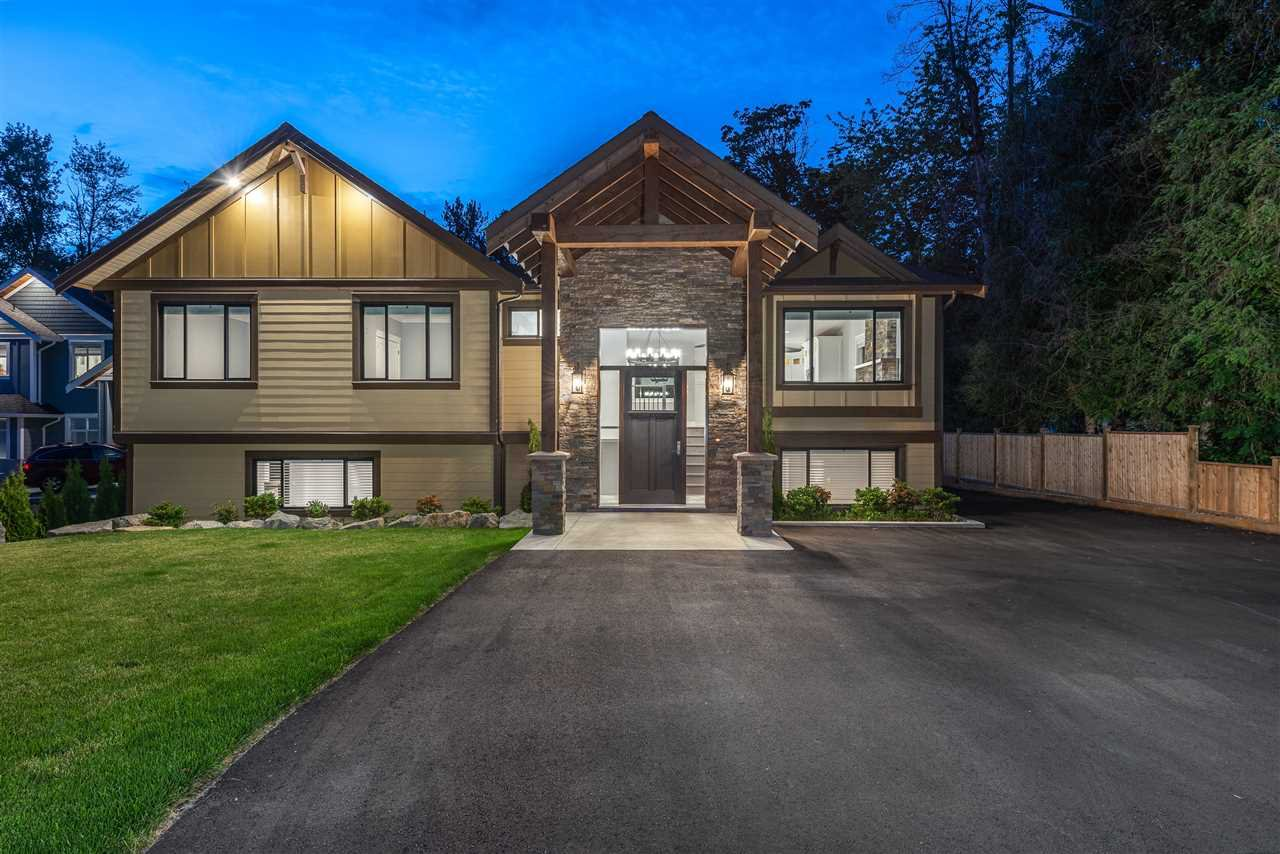 Main Photo: 23819 36A Avenue in Langley: Campbell Valley House for sale : MLS®# R2449010