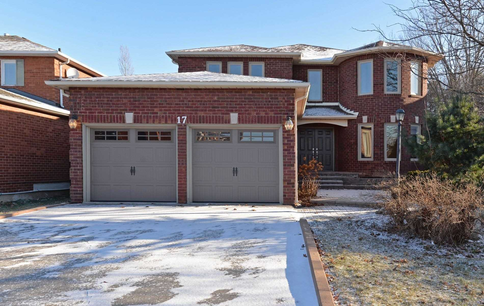 Main Photo: 17 Turriff Crescent in Ajax: Central West House (2-Storey) for lease : MLS®# E5069183