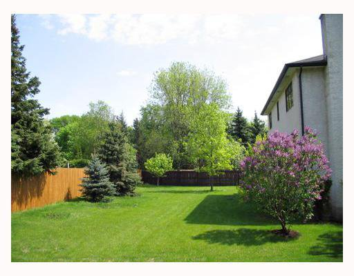 Photo 7: Photos: 11 COLINDALE Cove in WINNIPEG: Fort Garry / Whyte Ridge / St Norbert Single Family Detached for sale (South Winnipeg)  : MLS®# 2709131