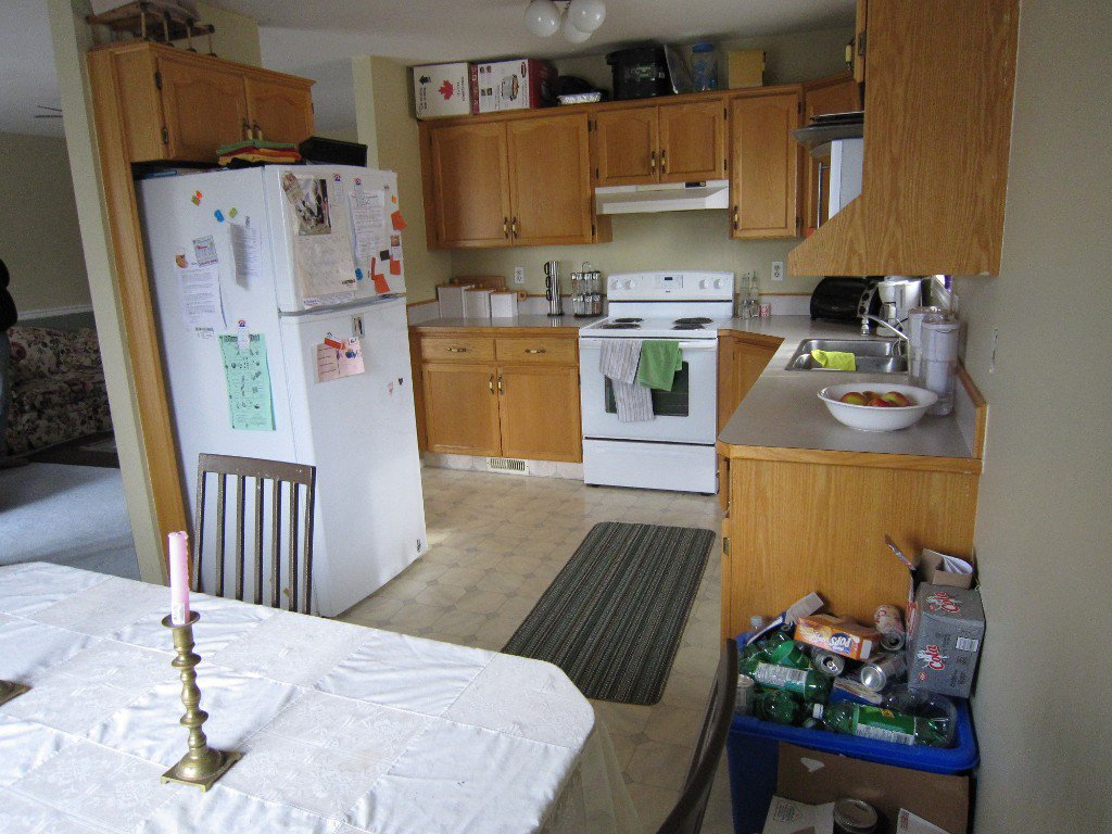 Photo 3: Photos: 102 - 1700 QUEBEC STREET in PENTICTON: Residential Attached for sale : MLS®# 137387