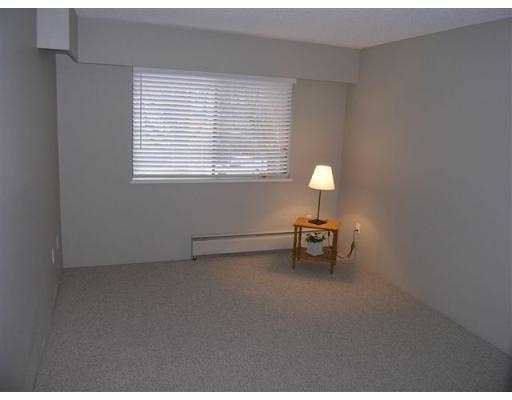 Photo 8: Photos: 209 5715 Jersey Avenue in Burnaby: Central Park BS Condo for sale (Burnaby South)  : MLS®# V921450