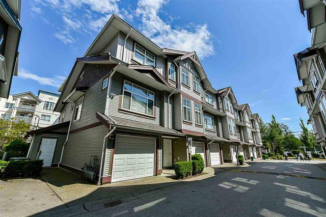Main Photo: : Townhouse for sale : MLS®# R2277209