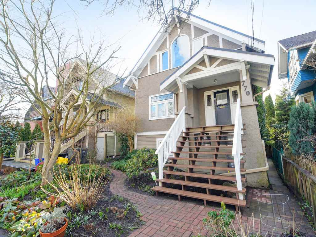 "Main Photo: 770 E 24TH Avenue in Vancouver: Fraser VE House for sale in ""FRASER"" (Vancouver East)  : MLS®# R2442783"
