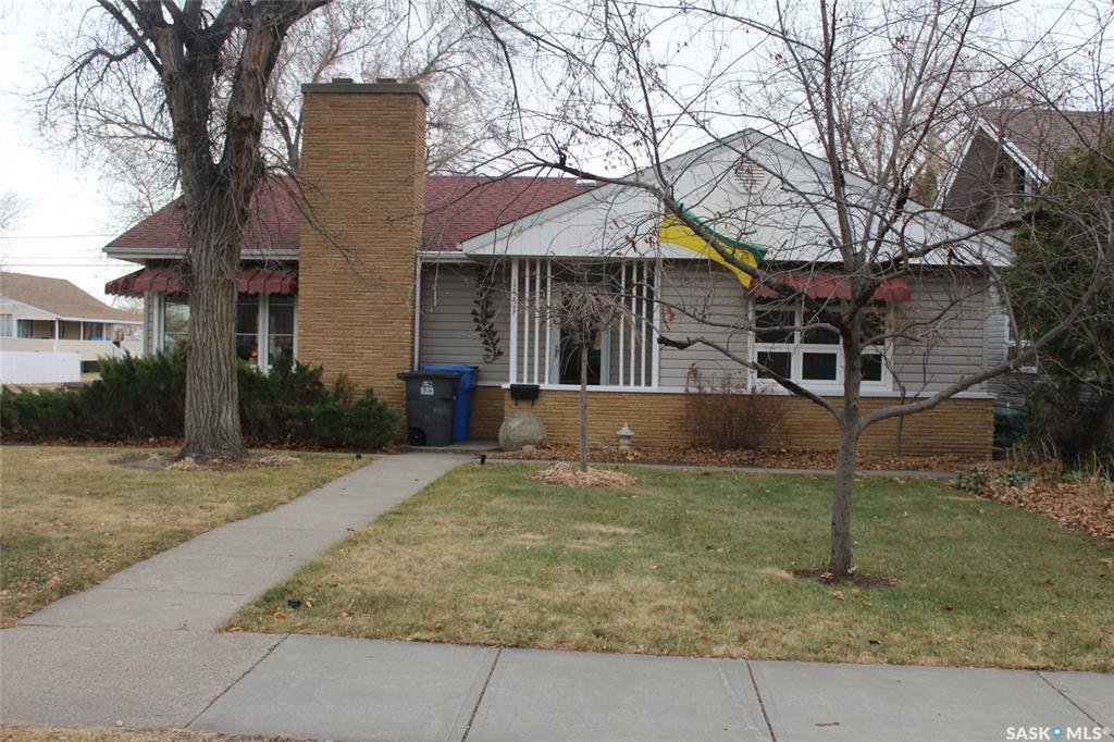 Main Photo: 1437 2nd Street in Estevan: Westview EV Residential for sale : MLS®# SK827916