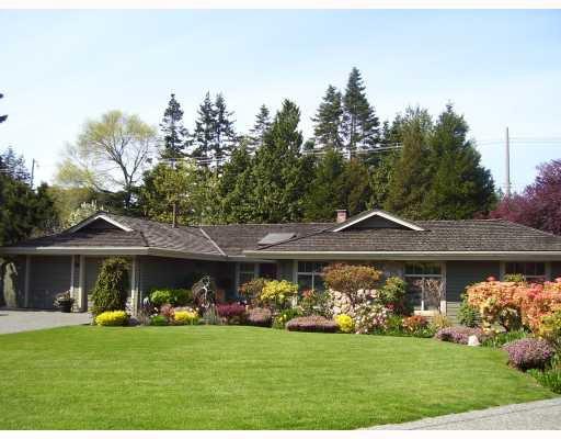 """Main Photo: 94 DEERFIELD PL in Tsawwassen: Pebble Hill House for sale in """"DEERFIELD"""" : MLS®# V756579"""