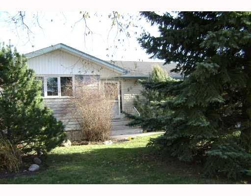 Main Photo: 55 BRIDGEWATER Crescent in WINNIPEG: North Kildonan Residential for sale (North East Winnipeg)  : MLS®# 2719431