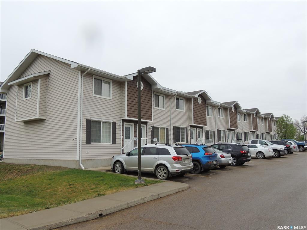 Main Photo: 2 1621 1st Street in Estevan: Westview EV Residential for sale : MLS®# SK809821