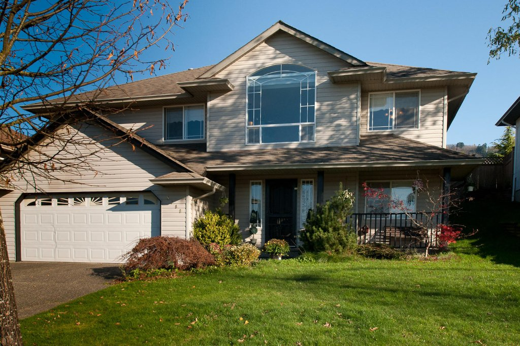 Main Photo: 5706 STONEHAVEN ST in Sardis: House for sale : MLS®# H1004665