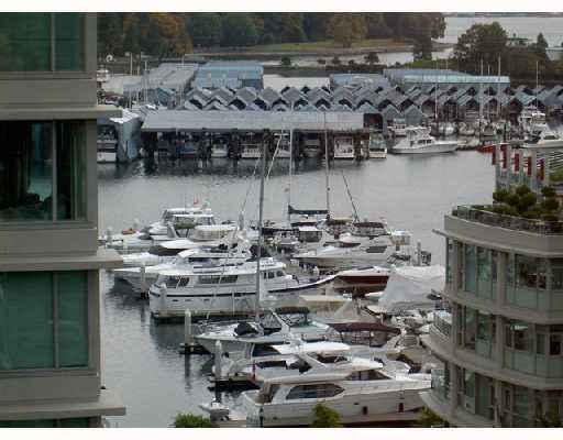 """Main Photo: 802 1790 BAYSHORE Drive in Vancouver: Coal Harbour Condo for sale in """"BAYSHORE GARDENS"""" (Vancouver West)  : MLS®# V672591"""
