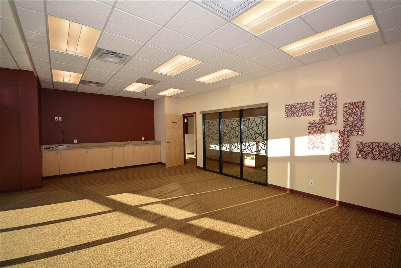 Photo 18: Photos: 6604 100 Avenue in Fort St. John: Fort St. John - City NE Office for sale (Fort St. John (Zone 60))  : MLS®# C8028918