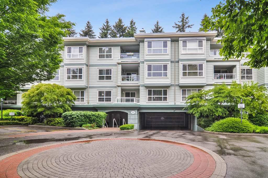 "Main Photo: 202 9018 208 Street in Langley: Walnut Grove Condo for sale in ""CEDAR RIDGE"" : MLS®# R2459356"