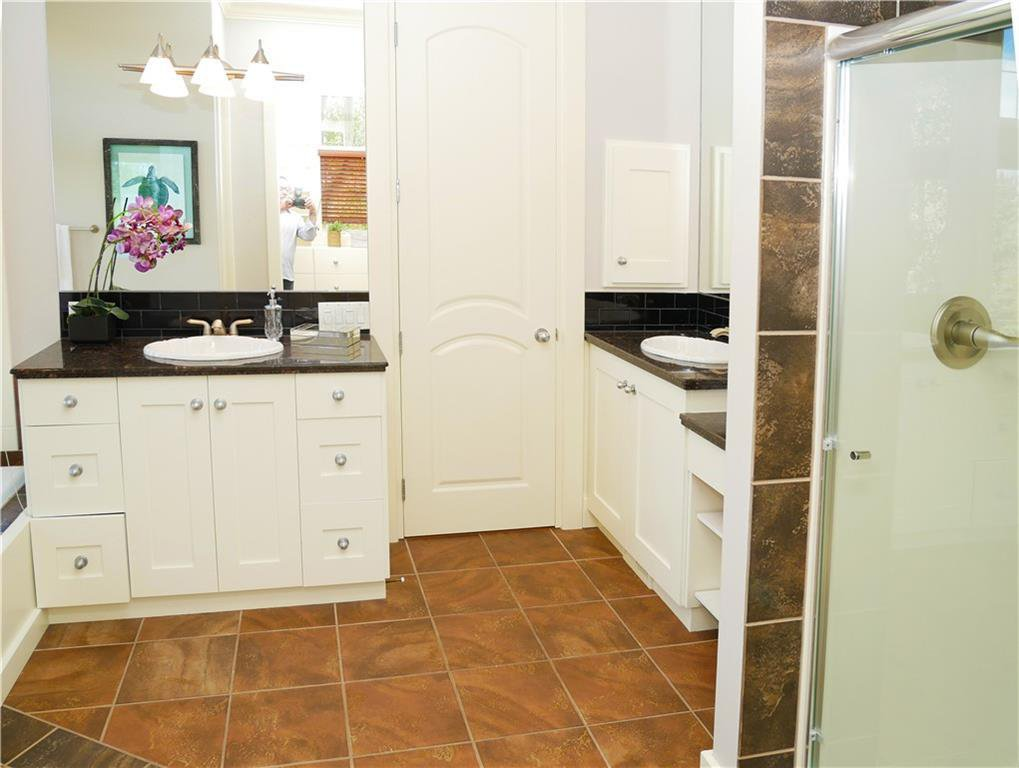 Photo 21: Photos: 71 SWEET WATER Place in Rural Rocky View County: Rural Rocky View MD Detached for sale : MLS®# C4297784