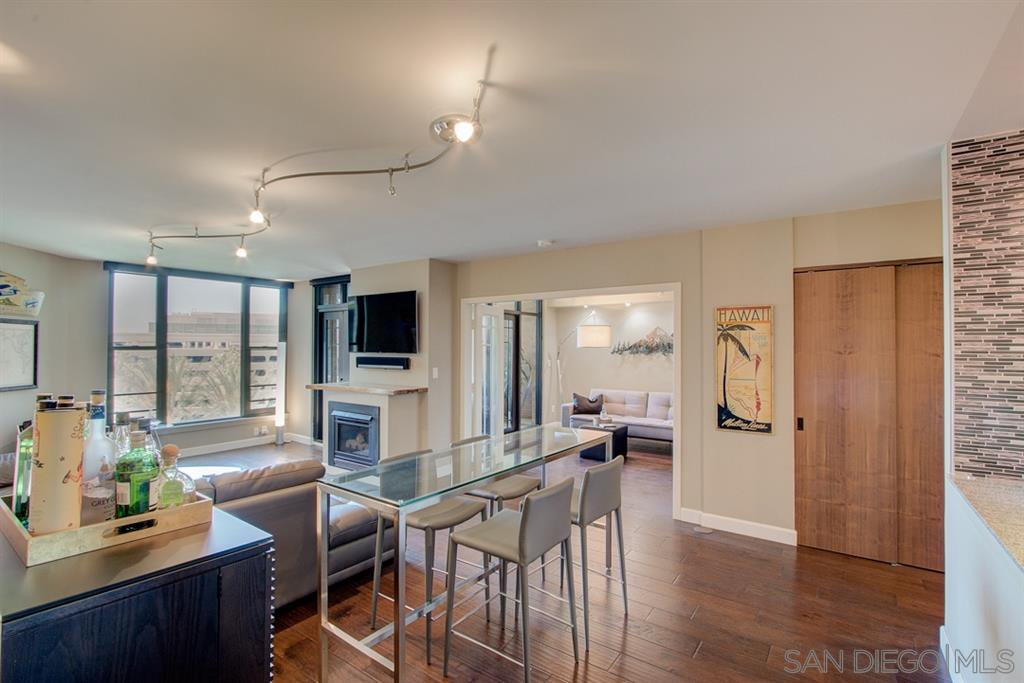 Main Photo: DOWNTOWN Condo for sale : 2 bedrooms : 500 W Harbor Dr. #612 in San Diego