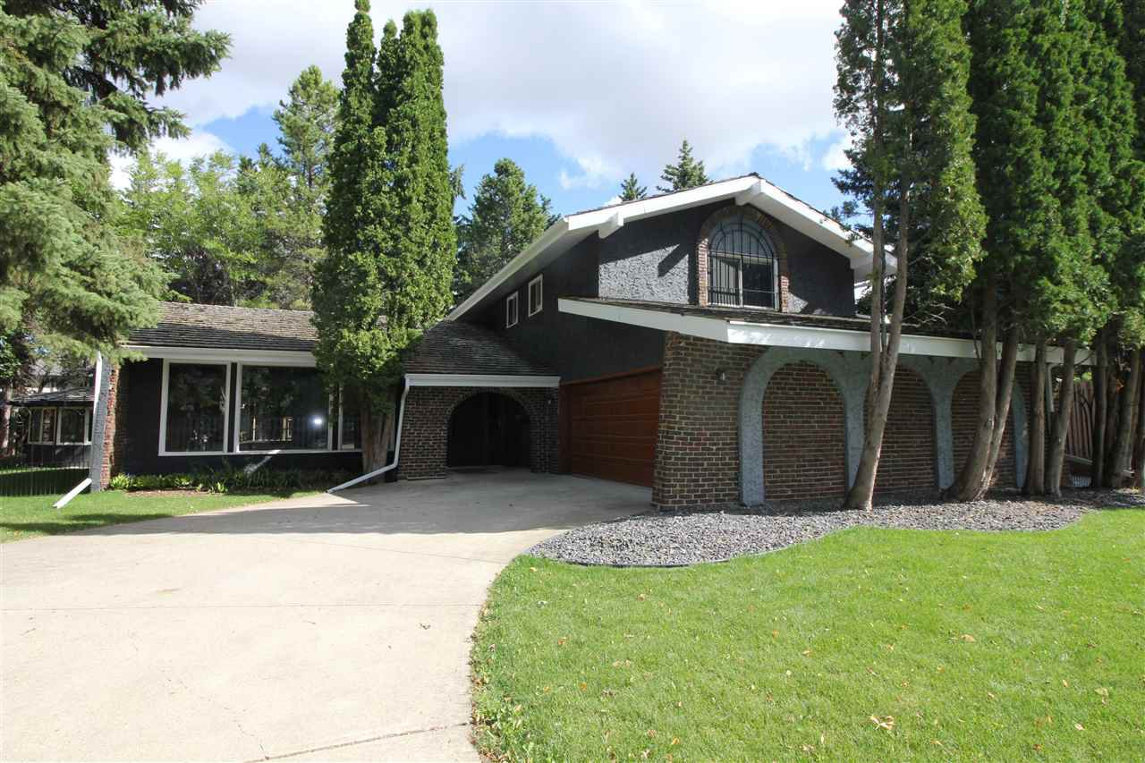 Main Photo: 12 QUESNELL Road in Edmonton: Zone 22 House for sale : MLS®# E4212400