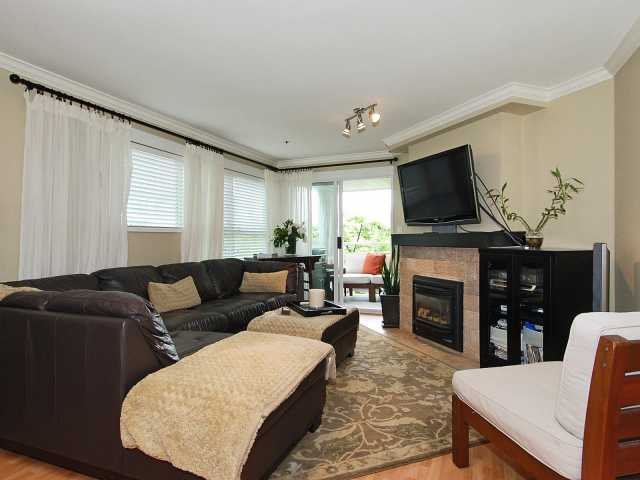 Main Photo: 101 933 W 8 Avenue in Vancouver: Fairview VW Condo  (Vancouver West)  : MLS®# V816510
