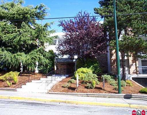 """Main Photo: 102 1544 FIR ST: White Rock Condo for sale in """"JUNIPER ARMS"""" (South Surrey White Rock)  : MLS®# F2608719"""
