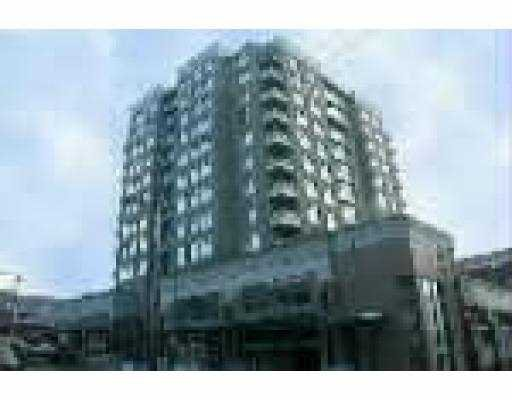"Main Photo: 802 720 CARNARVON ST in New Westminster: Downtown NW Condo for sale in ""CARNARVON TOWERS"" : MLS®# V543707"