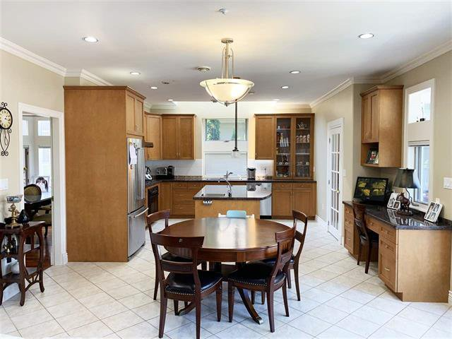 Photo 5: Photos: 4063 WEST 31ST AV in Vancouver: Dunbar House for sale (Vancouver West)  : MLS®# R2373838