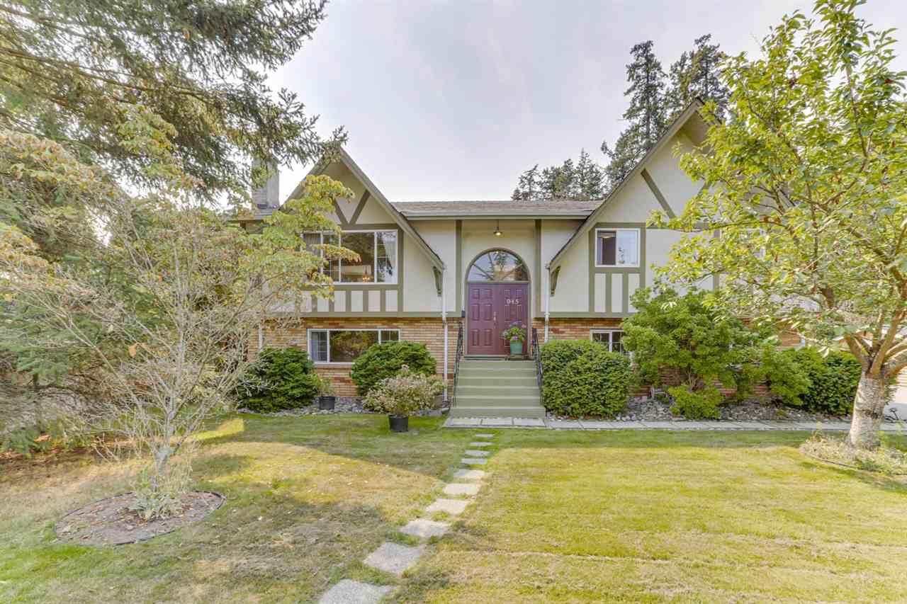 Main Photo: 945 EDEN Crescent in Delta: Tsawwassen East House for sale (Tsawwassen)  : MLS®# R2493592