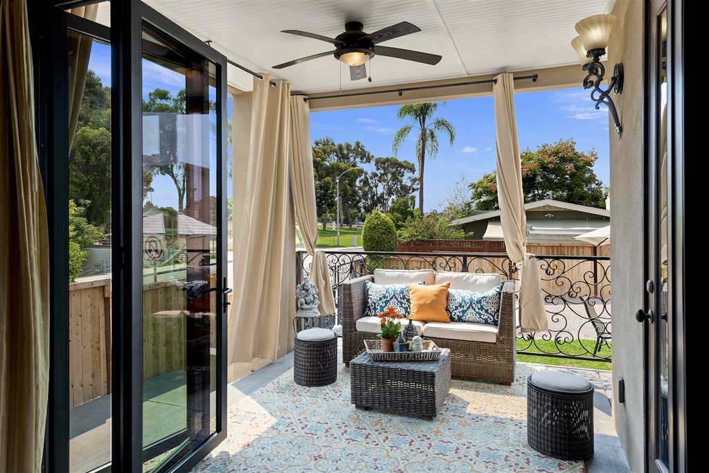 Main Photo: MISSION HILLS House for sale : 3 bedrooms : 4004 Lark St in San Diego