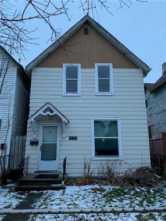Main Photo: 426 Agnes Street in Winnipeg: Residential for sale (5A)  : MLS®# 202029239