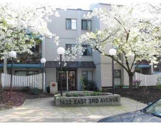 "Main Photo: 112 1422 E 3RD Avenue in Vancouver: Grandview VE Condo for sale in ""LA CONATESSA"" (Vancouver East)  : MLS®# V658283"