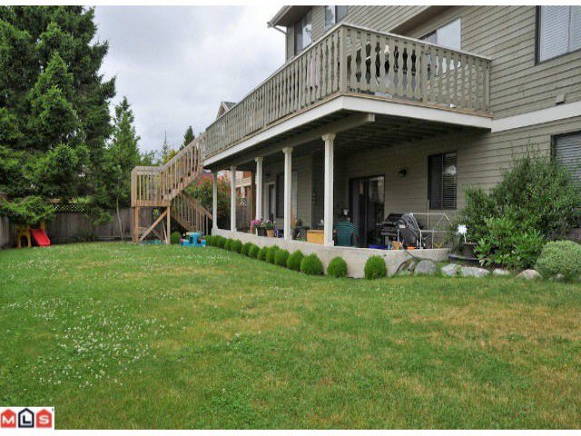 """Photo 8: Photos: 941 164 ST in Surrey: King George Corridor House for sale in """"McNally Creek"""" (South Surrey White Rock)  : MLS®# F1118797"""