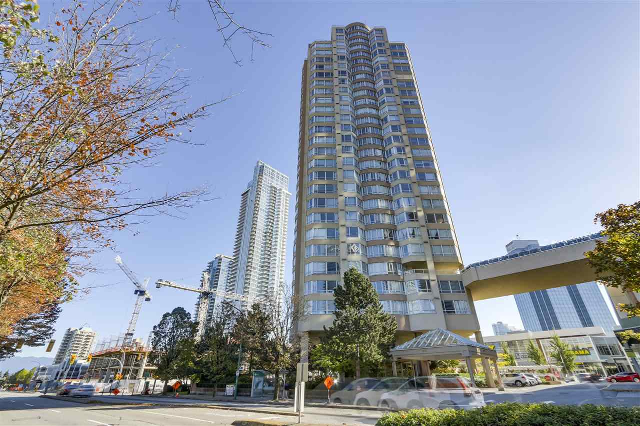 "Main Photo: 2801 6220 MCKAY Avenue in Burnaby: Metrotown Condo for sale in ""GRAND CORNICHE II"" (Burnaby South)  : MLS®# R2404162"