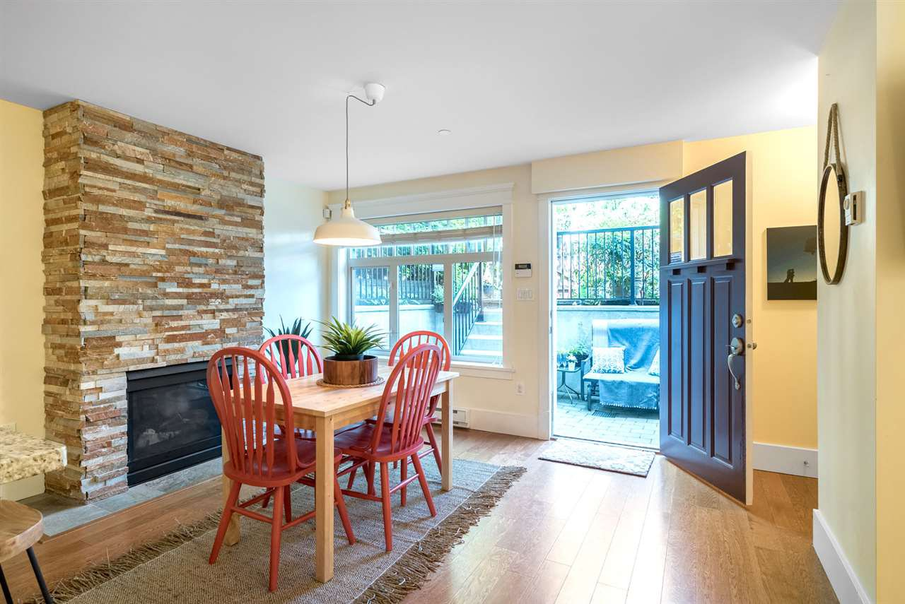 Photo 5: Photos: 1512 GRAVELEY Street in Vancouver: Grandview Woodland Townhouse for sale (Vancouver East)  : MLS®# R2457757
