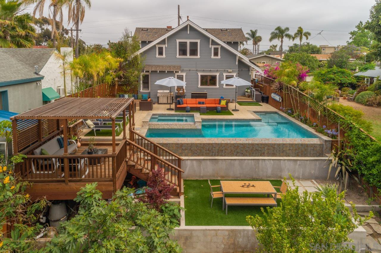 Main Photo: MISSION HILLS House for sale : 4 bedrooms : 3778 Eagle St in San Diego